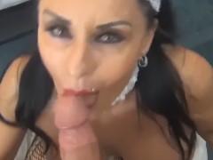 Mulher casada puta fazendo boquete para um cliente