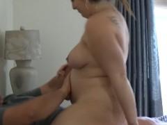 Novinha gravida dando vagina para pirocao